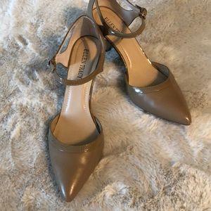 Ellen Tracy 3inch heels